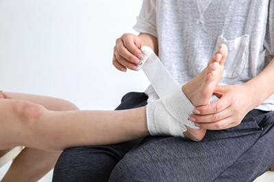 当院は交通事故むち打ち治療を常に行っております、対応接骨院です。